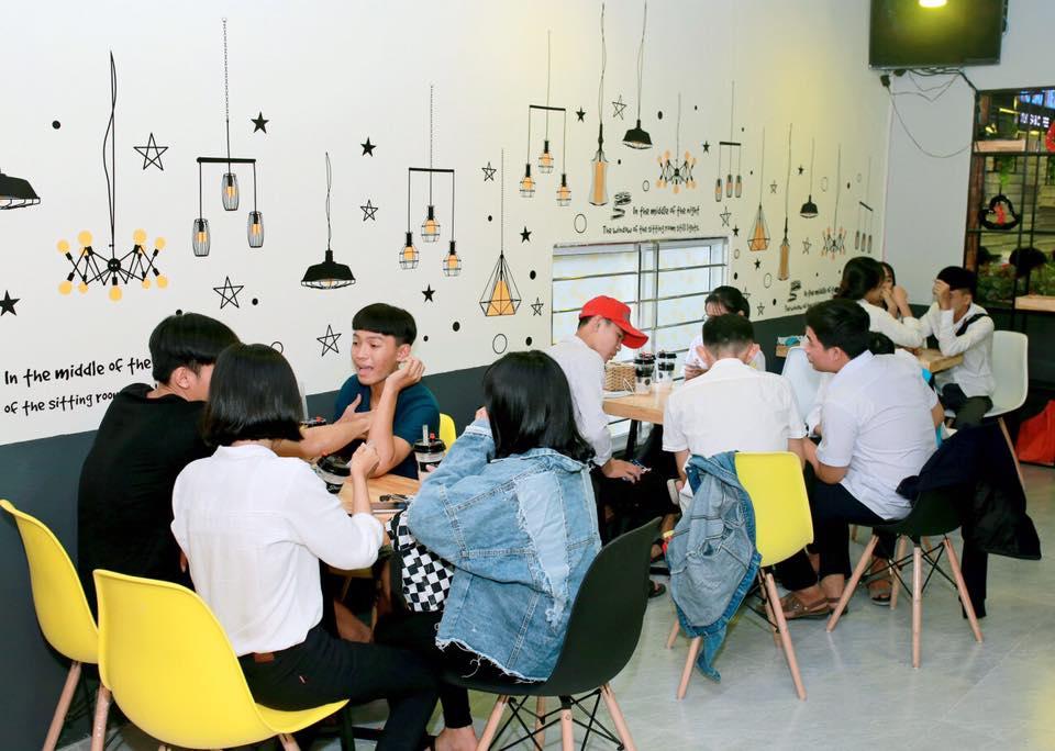 khách hàng thích thú pozaa tea quảng ngãi